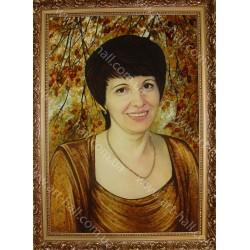 Портрет из янтарной крошки