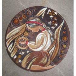 Декоративна тарілка з українкою