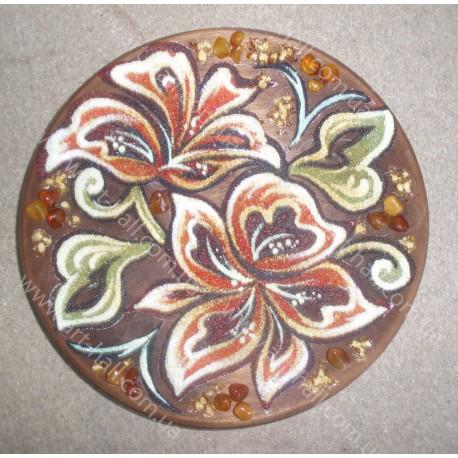 Декоративная тарелка с цветами