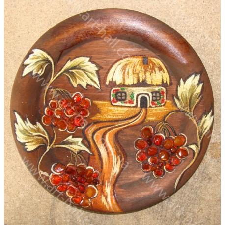 Тарелка с украинским домом